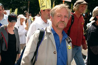 José Bové @ manif anti-OGM