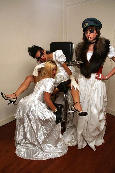 Felina, Lisa & Justine