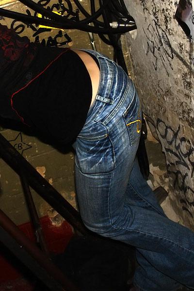Cindy's pants