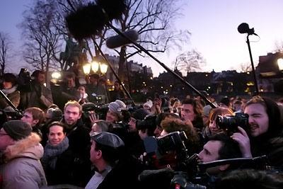 pool médias @ parvis de Notre-Dame