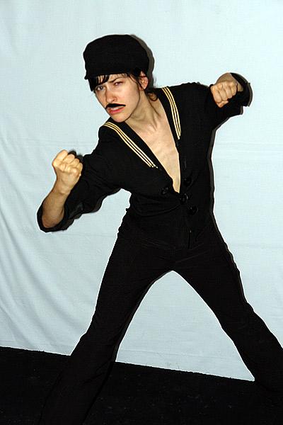 Louis @ soirée Moustache