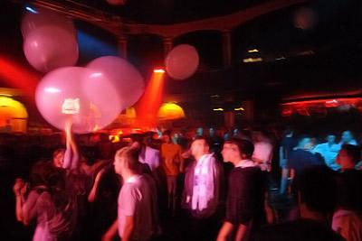 plein de gros ballons @ Phunk Circus
