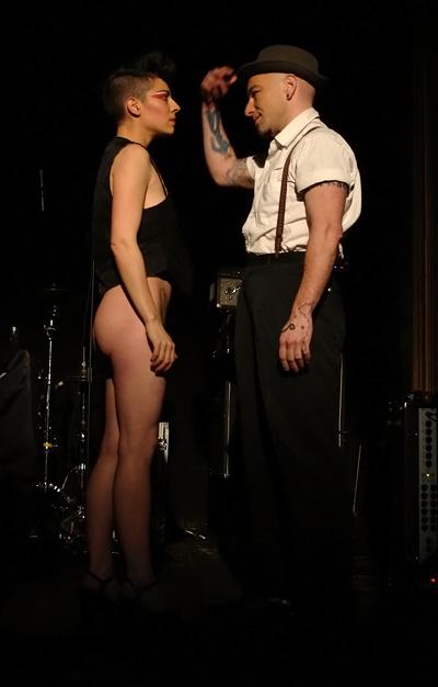 Mlle Violette et Mr Huître