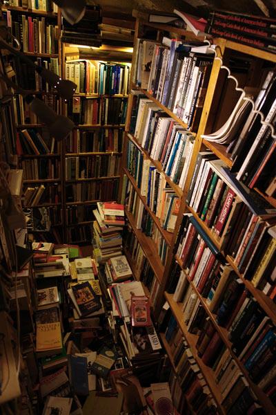 the Abbey Bookshop (sous-sol)